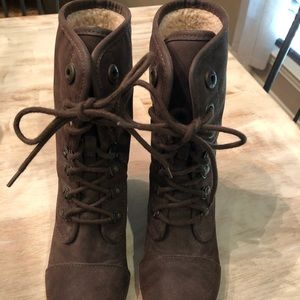 Blowfish Tall Brown Lace-up boot wedge size 7